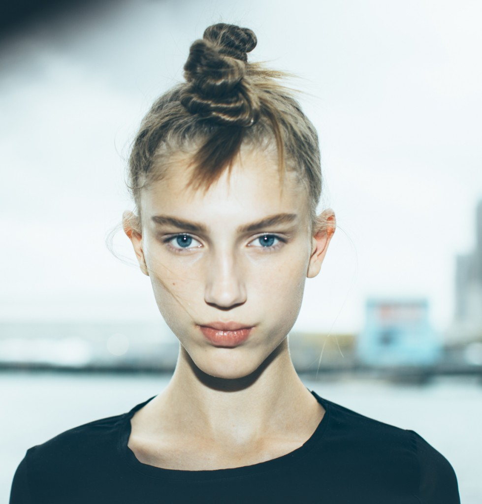 marc-by-marc-jacobs-rtw-ss-2015-backstage-01